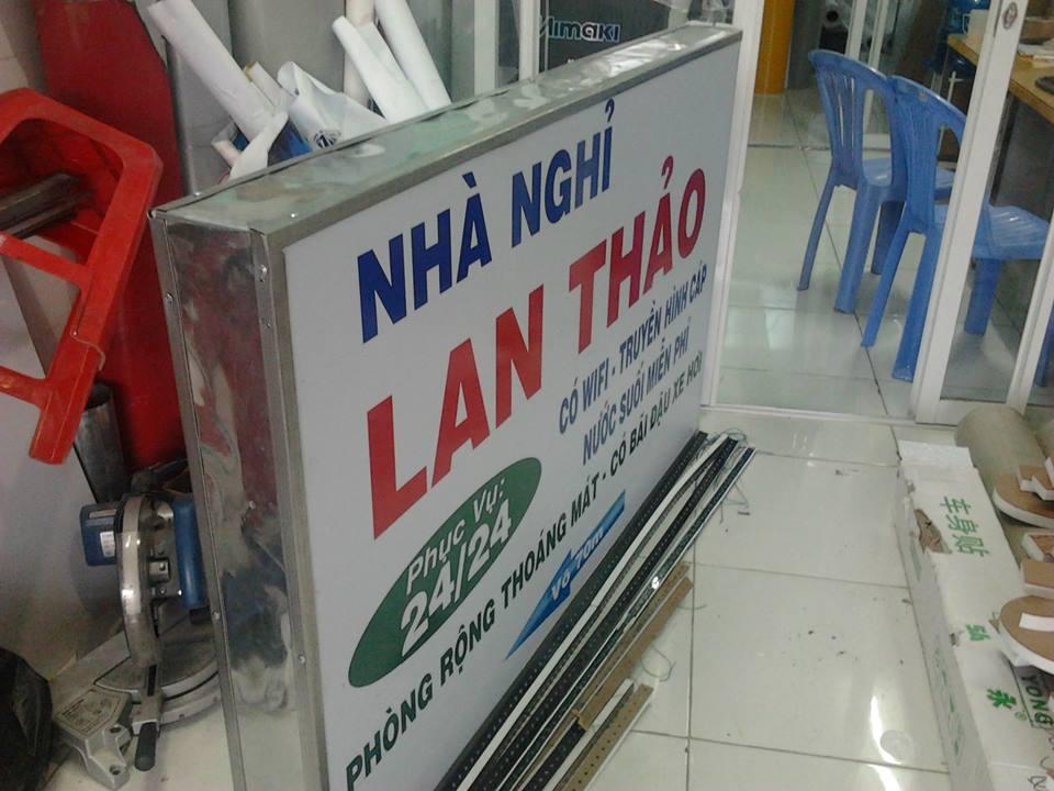 biển quảng cáo hộp đèn